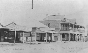 Iamge: Western Line Hotel c1917 Source: State Library of Qld