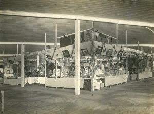 Image: Darling Downs District Exhibition 1918 Source: J. Donges